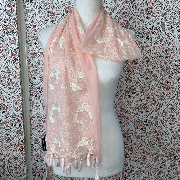 INC International Concepts Womens Butterfly Fringe Scarf /& Wrap